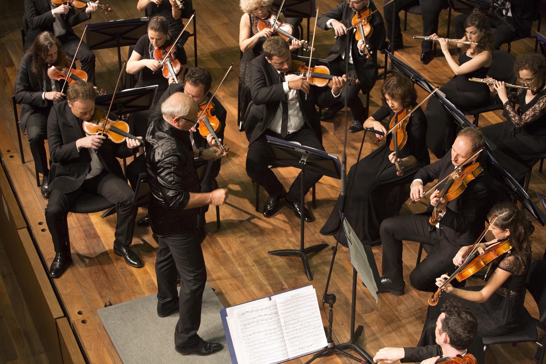 תזמורת נתניה הקאמרית הקיבוצית. צילום: כפיר בולוטין