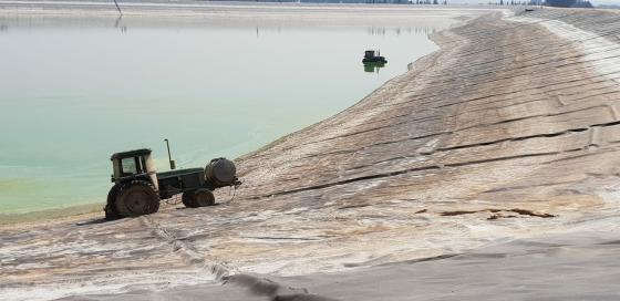 טרקטורים שנגנבו נמצאו במאגר מים בגליל