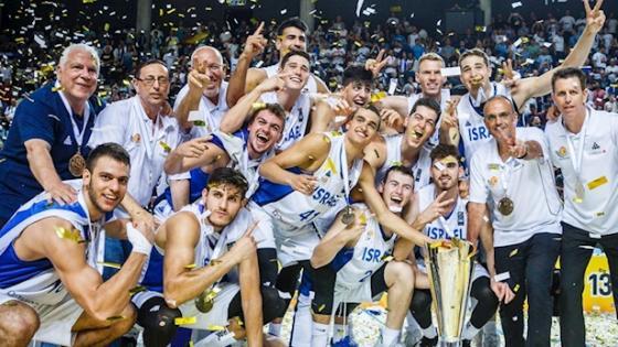 נבחרת העתודה לאחר הזכייה באליפות אירופה