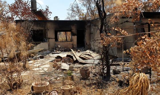 """בעקבות פניית מזכ""""ל התנועה הקיבוצית לשר האוצר – ניתן אישור להביא קראווילות לקיבוץ הראל במקום הבתים שנשרפו"""